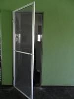 tela mosquiteira para porta