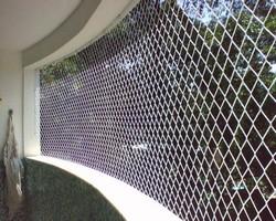 Tela de poliéster para reforço estrutural